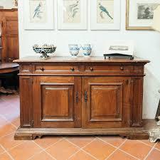 antica credenza antica credenza toscana in legno di noce antiquariato su