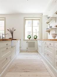 cuisine en bois blanc cuisine blanc et bois fabulous cuisine blanc et bois with cuisine