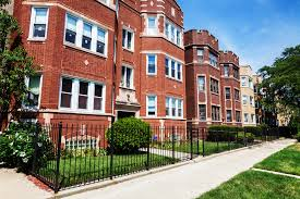 4 real estate trends to know before you sell your chicago home