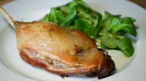 cuisiner des cuisses de canard confites confit de canard en 2 heures recette du confit canard simplifié