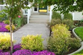 Landscape Curb Appeal - 10 ways to landscape for maximum curb appeal porch advice