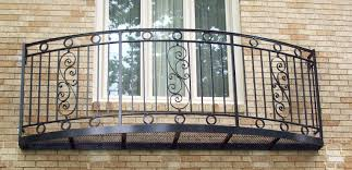 curved balcony rails