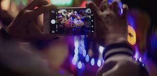 steven soderbergh u0027s shot on iphone horror movie u0027unsane u0027 gets