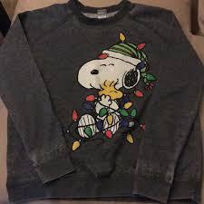 snoopy christmas sweatshirt 60 tops peanuts snoopy christmas sweatshirt from