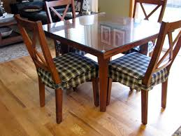 learn about different types of cushions for dining room chairs