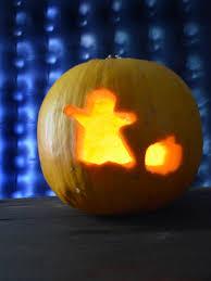 cookie cutter pumpkin carving hgtv