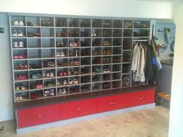Build A Shoe Storage Bench by Best 25 Garage Shoe Storage Ideas On Pinterest Garage Shoe