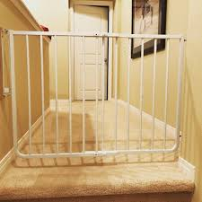 Baby Gates For Top Of Stairs With Banisters Child Safety Gate For Top Of Stairs Baby Safe Homes