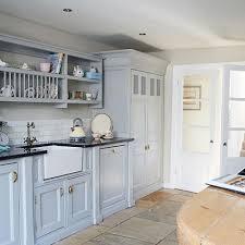 cuisine pour les petit les étagères ouvertes ou le petit plus déco