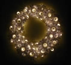 lighted wreath design