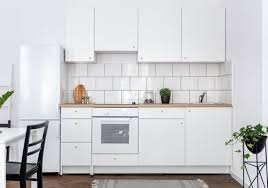 what color appliances go best with white kitchen cabinets stylish white kitchen appliances white appliance ideas