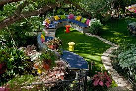 15 clever and inexpensive ways to brighten up your garden garden