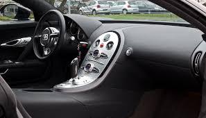 bugatti interior file bugatti veyron 16 4 u2013 innenraum 5 april 2012 düsseldorf