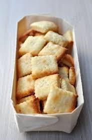 bouquin de cuisine crackers au parmesan dans la cuisine d audinette livres de