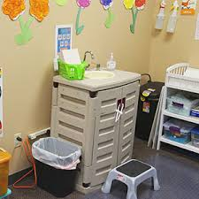 Changing Table For Daycare Water Wash Station Daycare Centers Sink Sanisink