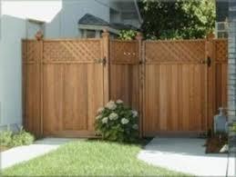 ringhiera in legno per giardino recinzioni
