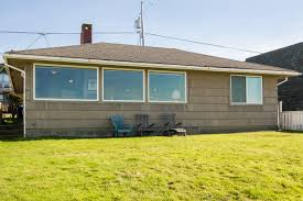 beach bungalow roads end oregon beach vacation rentals