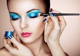 how to be a makeup artist makeup artist