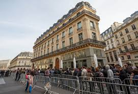Apple Store Paris by Apple U0027s Fiscal 2012 In Numbers 125m Iphones 58 31m Ipads Cnet