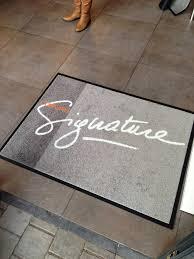tapis de bureau personnalisé tapis d entrée personnalisé tapis d accueil personnalisé