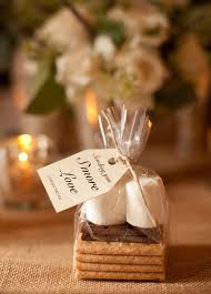 favors for wedding guests 7 diy wedding favors your guests will enchanted celebrations