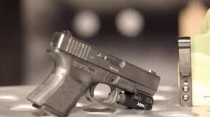 best laser light for glock 17 surefire xc1 best compact weapon light youtube