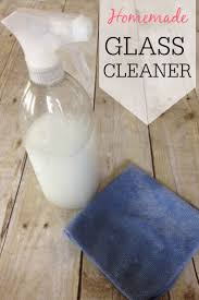 How To Make Window Cleaner 25 Best Ideas About Diy Window Cleaner On Pinterest Window