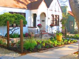 front yard vegetable garden by shirley bovshow edenmakersblog com