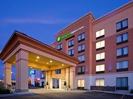 holiday inn express u0026 suites woodstock south hotel by ihg