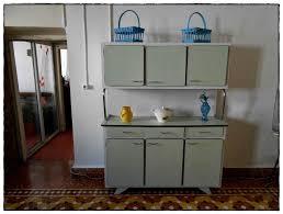 cuisine en formica meuble cuisine formica idées de décoration à la maison