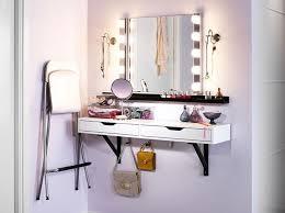 coiffeuse chambre ado les 25 meilleures idées de la catégorie coiffeuse meuble sur in