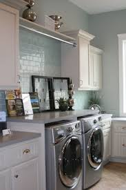 How To Decorate Your Laundry Room by Best 25 Laundry Room Design Ideas Only On Pinterest Utility