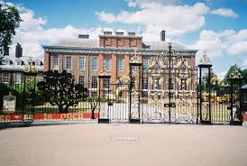 kennington palace london kensington palace side jul10 paris1972 versailles2003