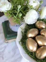 gold easter eggs fast fabulous gold easter egg tutorial and tips for a centerpiece