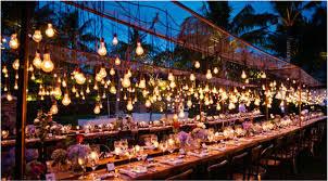 outdoor wedding lighting 9 wedding lighting trends it weddings