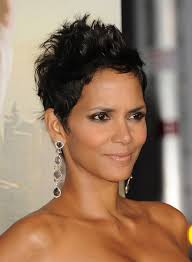 holly berry hairstyles in 1980 halle berry short hair