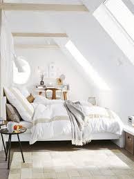 gemütliche schlafzimmer 17 beste ideer om zimmer mit dachschräge einrichten på
