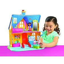 doc mcstuffins playhouse disney doc mcstuffins clinic dollhouse