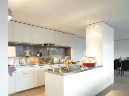 cuisine ouverte avec bar cuisine ouverte dlimite par une verrire ou un lot bar cuisine semi