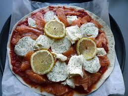 cuisiner saumon frais recette de pizza au saumon frais