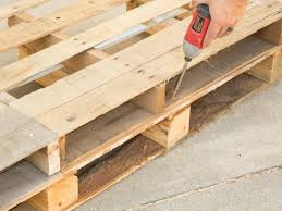 Outdoor Pallet Table How To Make Stylish Outdoor Pallet Seating Hgtv