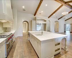 traditional kitchens kitchen design studio best 25 kitchen ideas on beautiful kitchen eat