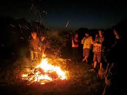 Halloween Bonfire Party Ideas Outdoor Bonfire Party Games Party Games Pinterest Bonfires