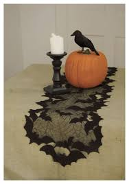 35 stunning halloween table runner ideas table decorating ideas