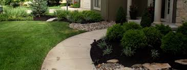Landscaping Companies Kansas City by Home Summit Lawn U0026 Landscape