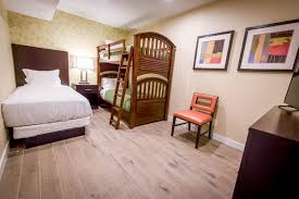 3 Bedrooms by 3 Bedroom Suite Red Jacket Mountain View Resort Family Rooms