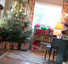 Christmas Decorated Home by Christmas Decorating At The Cottage Home The Cottage Mama