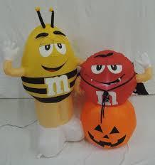 halloween airblown inflatable lawn decorations image gemmy inflatable m u0026m halloween scene jpg gemmy wiki