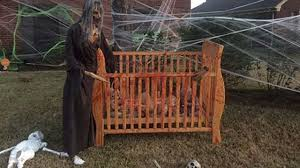 only on 13 neighbors express opinions about halloween decorations