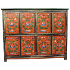 credenza tibetana credenza tibetana dipinta 144x114x38 codice ma 2705 etnicart